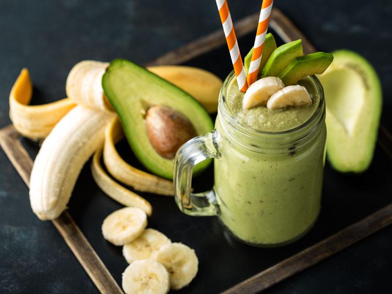 喝香蕉牛奶助眠,添加核桃更營養